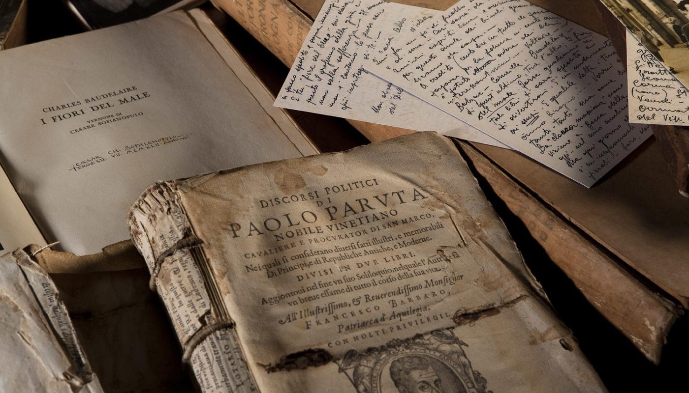 """Presentazione della mostra """"…libri, libri e libri per noi tutti …"""". Dalla biblioteca personale di Ado Furlan"""